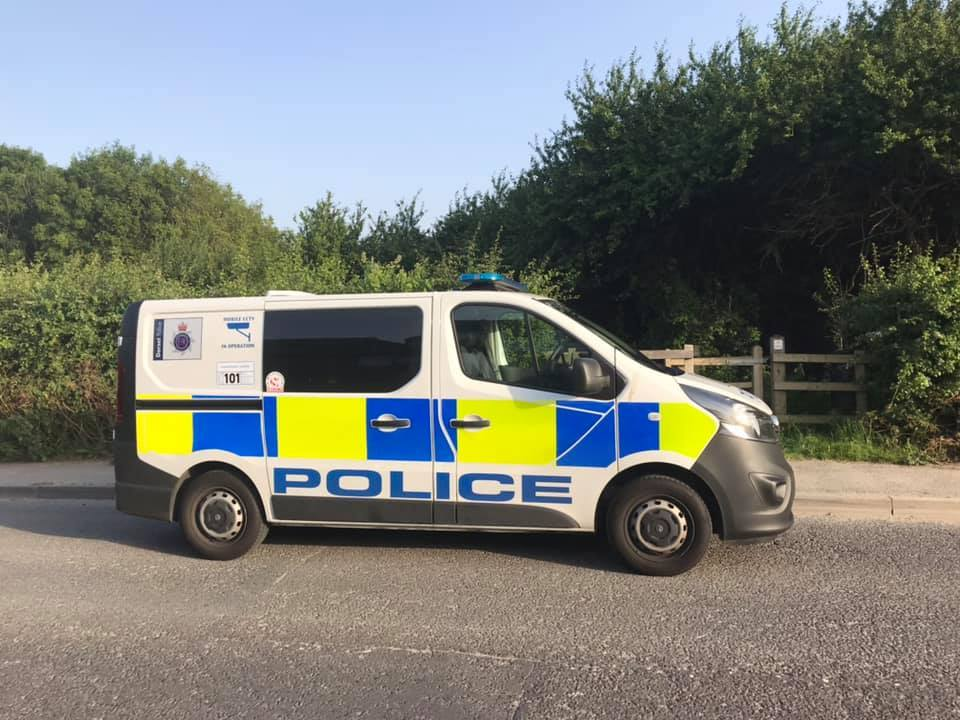 Polce appeal following farm burglary in Maiden Newton, west Dorset