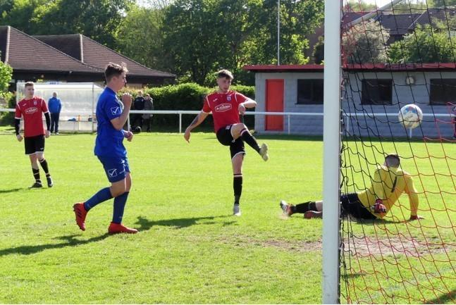 Riley Weedon, centre, bagged four goals at Wareham 				    Picture: STEPHEN BARRETT