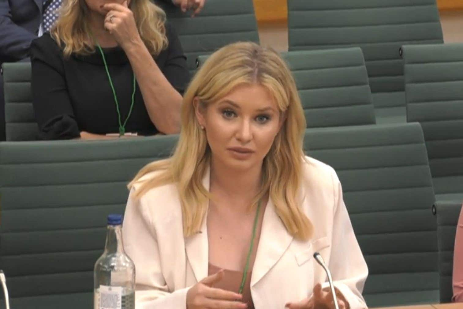 Love Island's Amy Hart: Social media websites not supportive sufficient over trolling