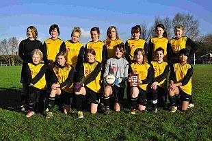 EXTRA STING: Queen Bees Under-14s