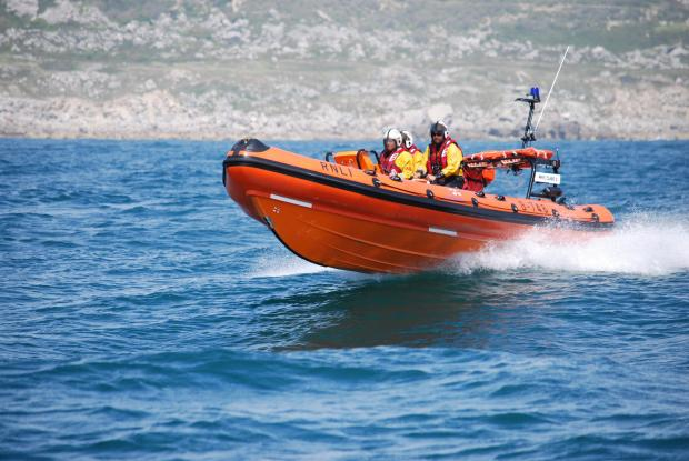 Bridport and Lyme Regis News: Drifting unmanned kayak sparks search mission