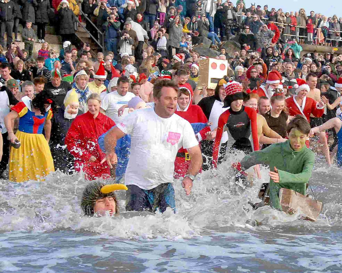 Charmouth Christmas swim cancelled