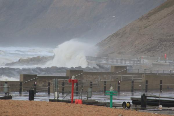 Amber alert for Dorset roads as heavy rain and high winds set to sweep the south-west