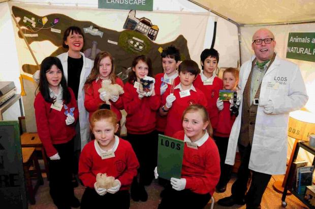 MAGIC LAB: Professors Stella Barrows and Lancelot Hogben with Class 4