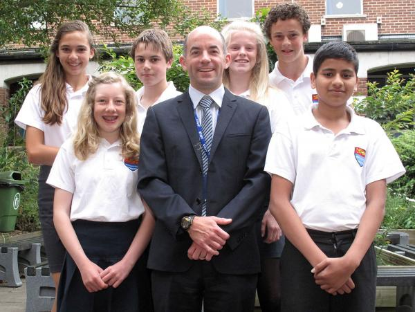 Woodroffe School selected to lead national Maths Hub initiative