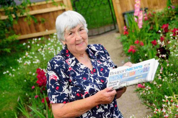 FINAL  EDITION: Jessie Barrett retiring as a paper girl at the age of 82