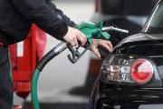 Supermarkets cut up to 5 pence off petrol prices sparking 'fuel war' at pumps