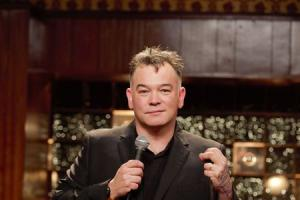 Freedom of expression, poverty, politics and urine – Stewart Lee talks about his new show in progress as he heads to Dorset