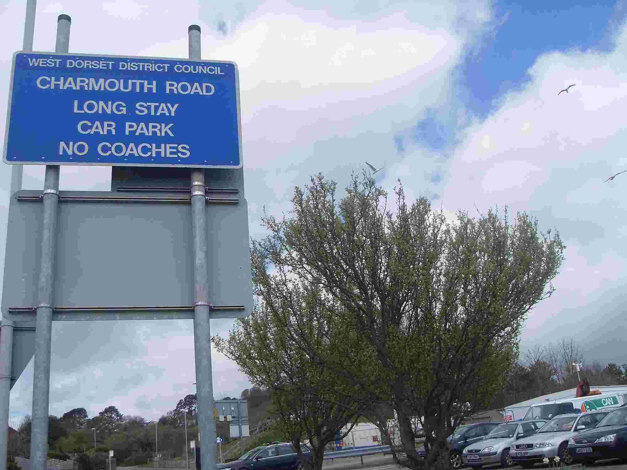 Mayor hits out at 'mismanagement' of car parks as prices set to rise in west Dorset   Bridport and Lyme Regis News