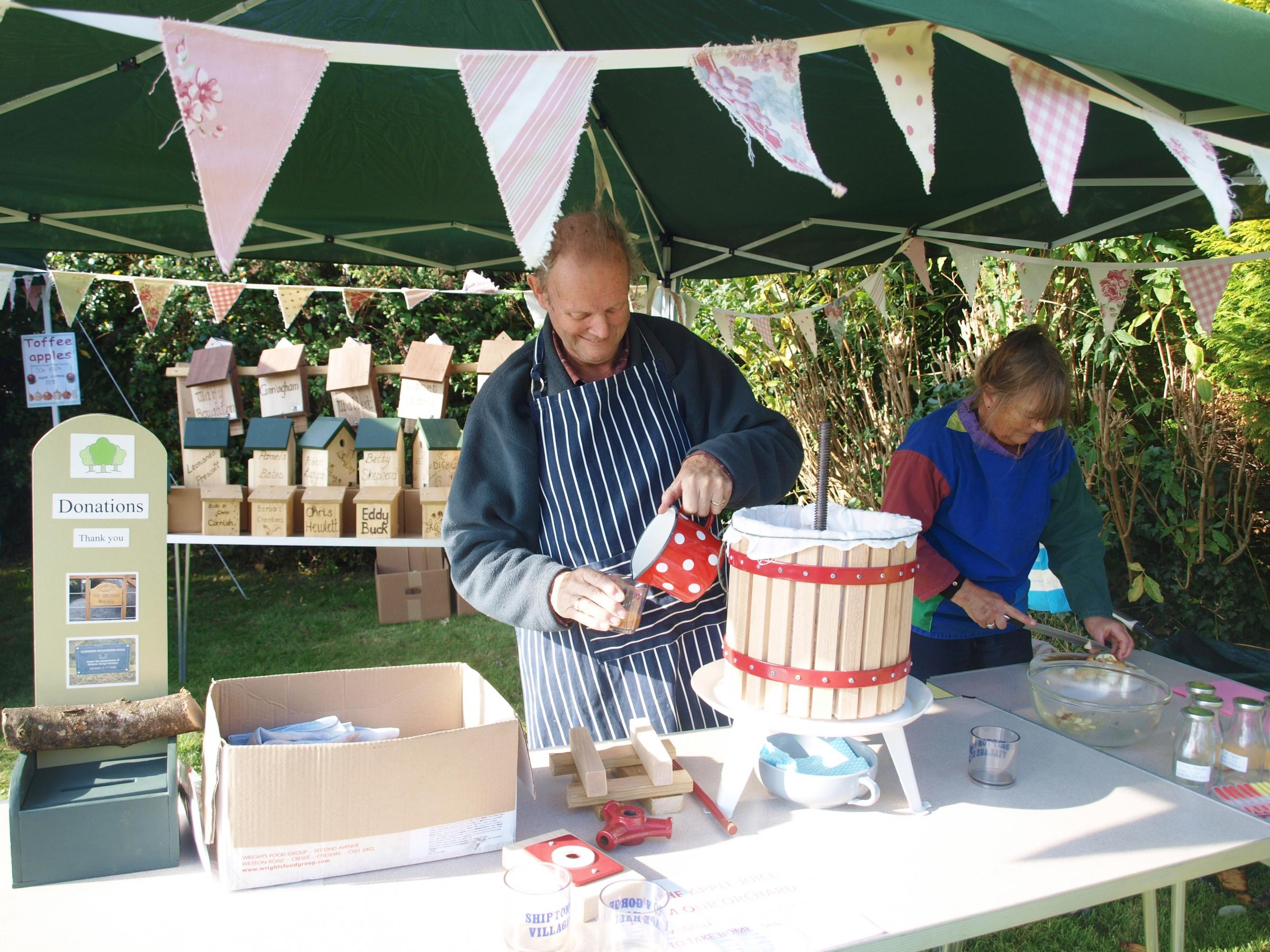 Apple day at Shipton Gorge in 2016